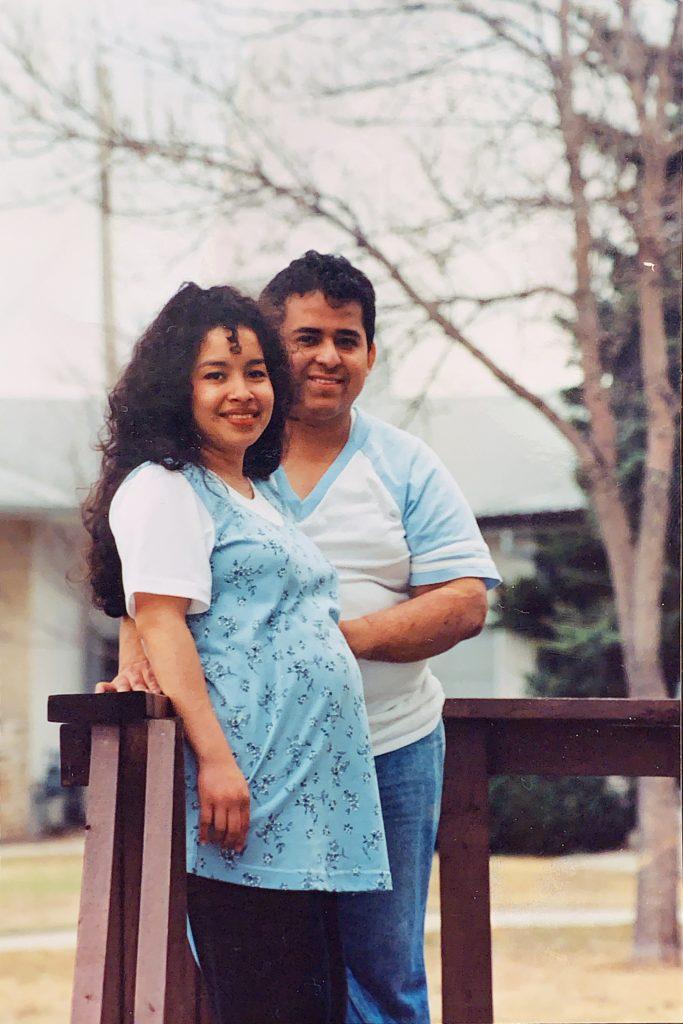 A pregnant Karen Rodriguez posing with Oscar Rodriguez Jr. \OSCAR RODRIGUEZ