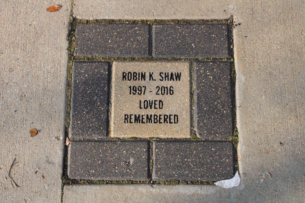 Robin Shaw's plaque in Transcona Centennial Square.